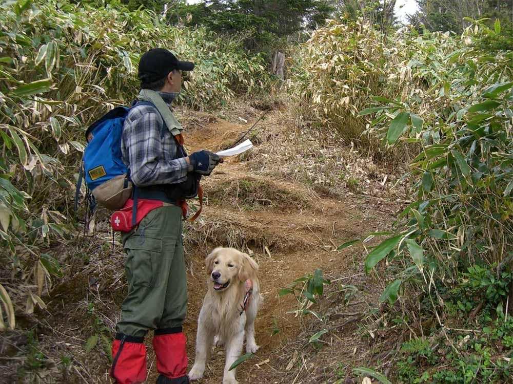 丸黒山捜索(2006.6.2~3)⑤ 位置確認(Kさん撮影)