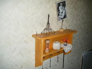 階段のペグシェルフ