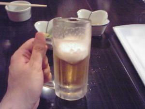 おビール飲み飲み