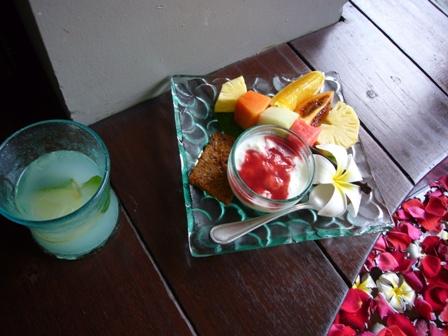 エステの後のフルーツ