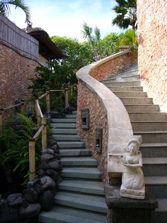 スパへの階段