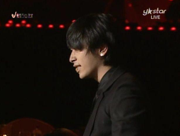 091210 - 2pm Bonsang + Heartbeat + Again.avi_000241908