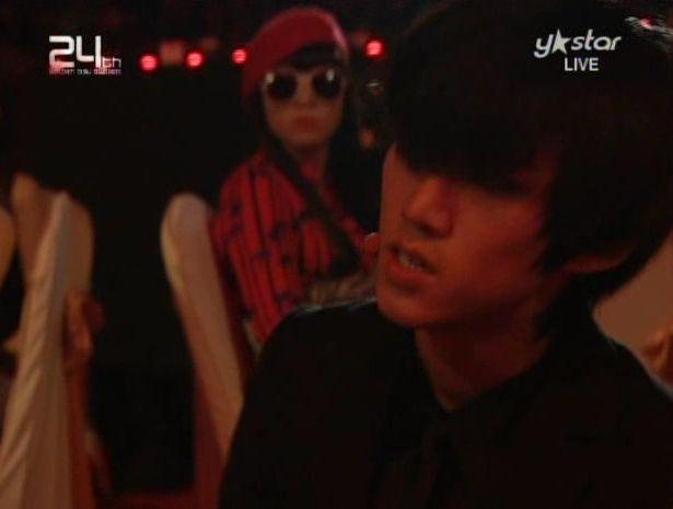 091210 - 2pm Bonsang + Heartbeat + Again.avi_000218618