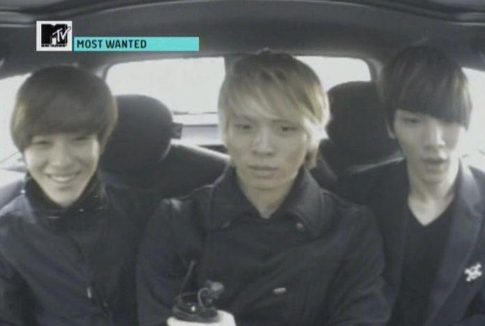 SHINee - 20091125 - MTV Most Wanted [astar].avi_000925758