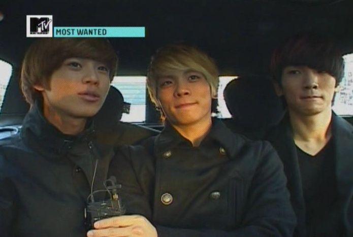 SHINee - 20091125 - MTV Most Wanted [astar].avi_000740106
