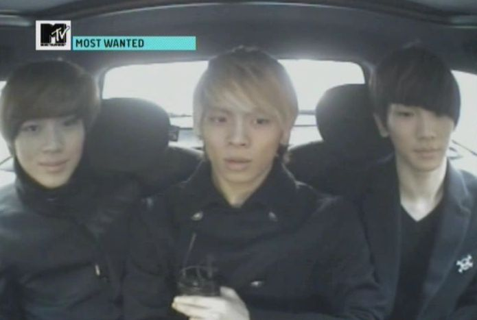 SHINee - 20091125 - MTV Most Wanted [astar].avi_000123890