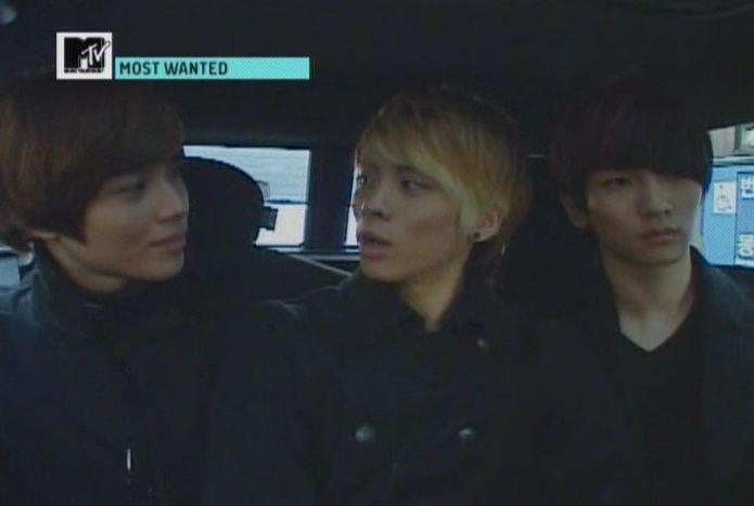 SHINee - 20091125 - MTV Most Wanted [astar].avi_001816514