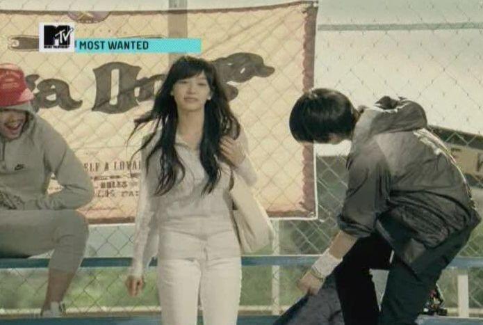 SHINee - 20091125 - MTV Most Wanted [astar].avi_001126859