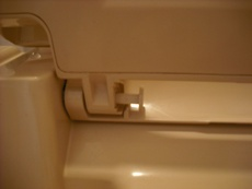 ハウスクリーニング・トイレ便座外し方6