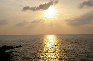 能登の夕日