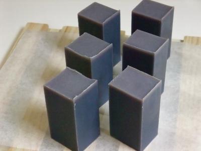 ハトムギ紫根1