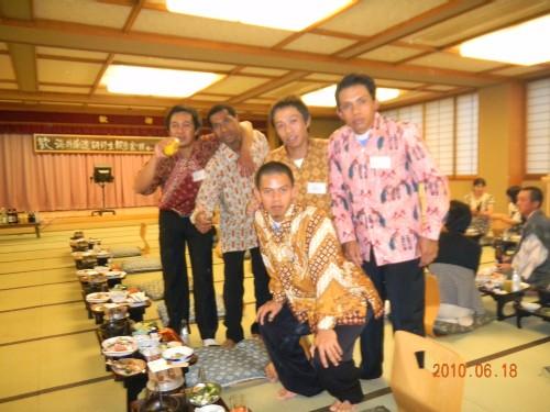 H22 帰国報告宴会 インドネシア