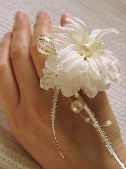 2010-10花の指輪