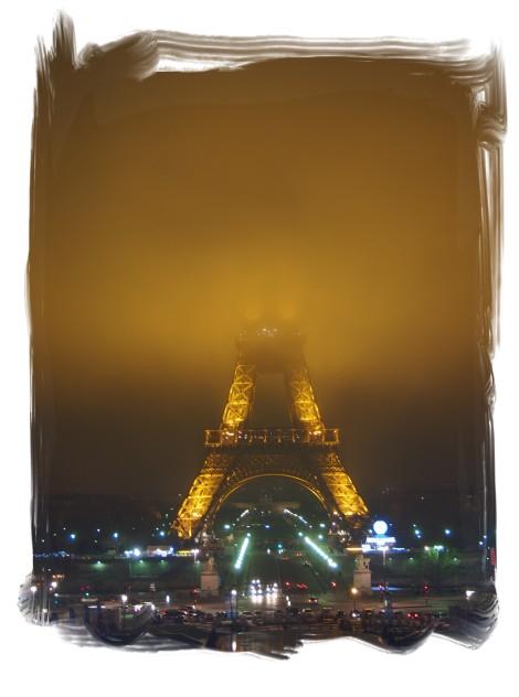 1227霧エッフェル