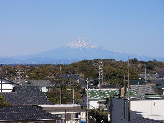 富士山が灯台より