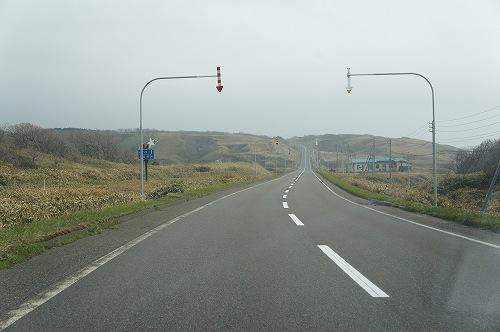 だれも走ってない北海道の道路・・・