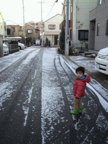りくちゃんと雪2