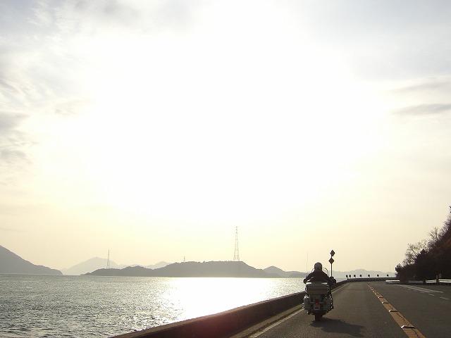 16:04海沿いs-