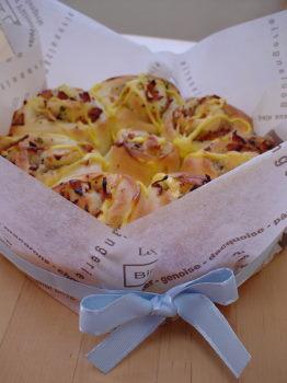 ベーコン&オニオン渦巻きパン