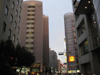 中電ホール1