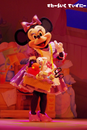 110522-1-minnie1.png