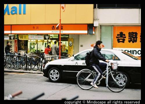 路駐のパトカー