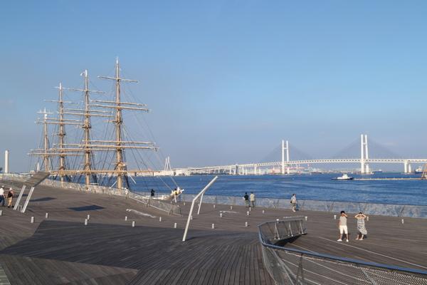 横浜港大桟橋2