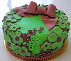 シックなケーキ