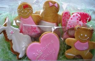 出産祝いのクッキー詰め合わせ