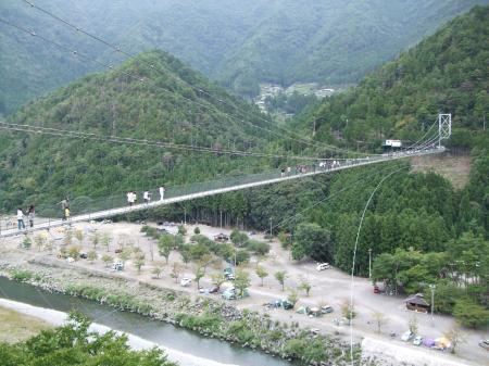 9谷瀬の吊り橋