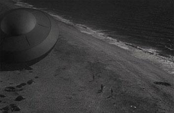 空と部円盤地球を襲撃す-1