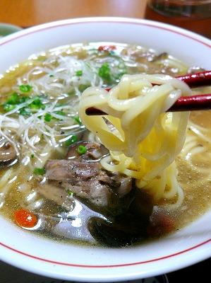 100527オクステイルスープで中華麺