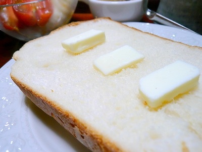 100612焼きたてパン