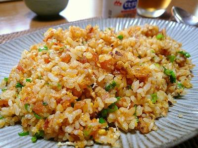 100815食べるラー油炒飯
