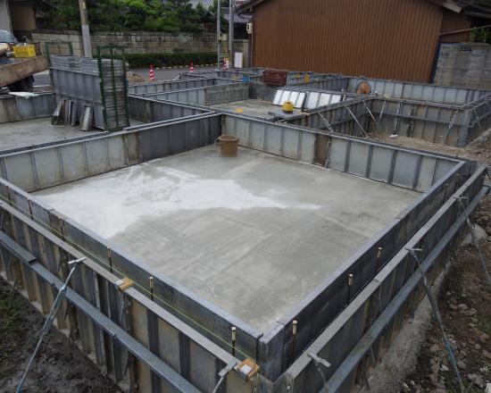 基礎工事 型枠2+001_convert_20120711160235