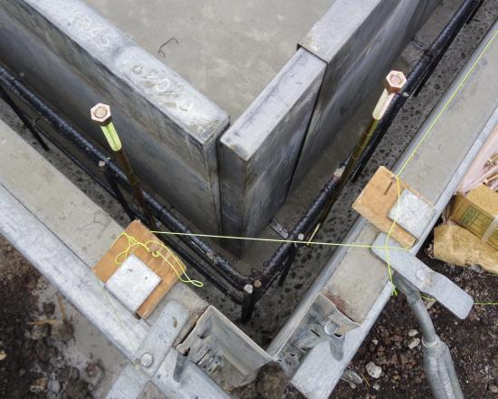 基礎工事 型枠2+003_convert_20120711160418
