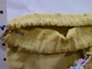 まり袋 縫い目
