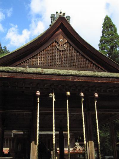 西本宮拝殿