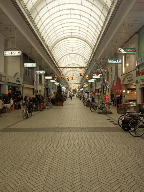 ドンドビ商店街