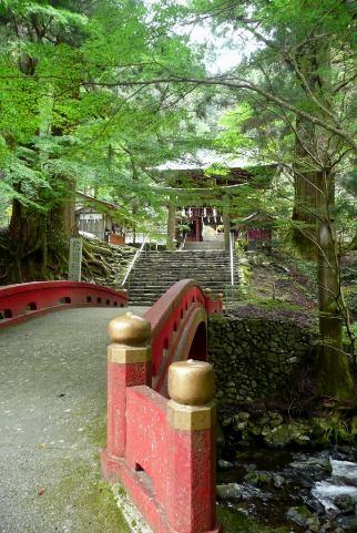 神橋から見る楼門