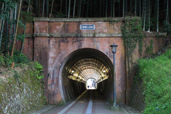100425_181516北吸トンネル600