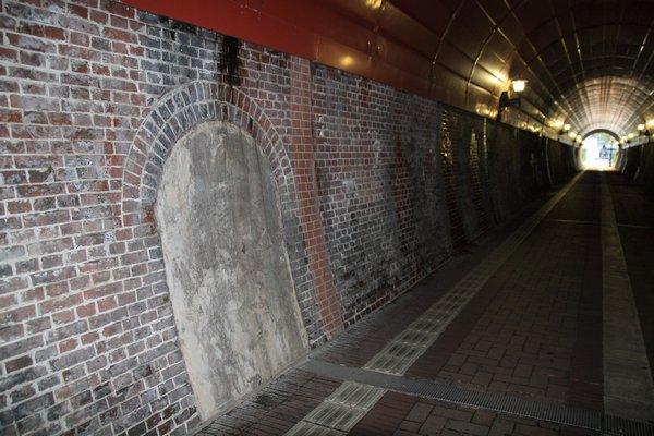 100425_182122北吸トンネル600