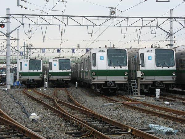 北綾瀬駅の先にある綾瀬検車区・綾瀬工場。