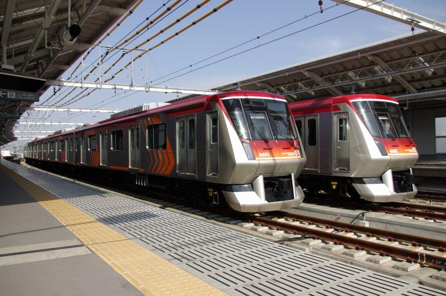 大井町線の急行専用車両6000系電車