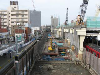 高架橋建設が進む京急蒲田駅構内