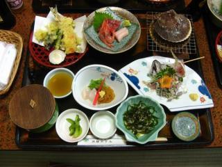 昼食で出された食事
