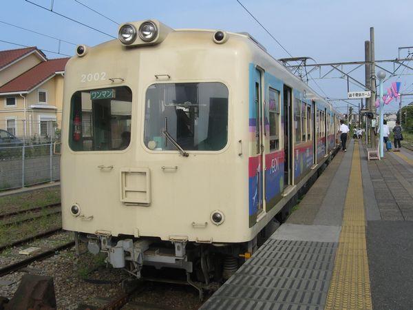 2010年7月末より営業運転を開始した銚子電鉄2000形電車。