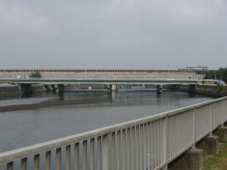 国道357号線(東関東自動車道)・国道14号線と交差