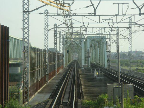橋梁入口(取手側)、ガーター橋部分(高水敷部分)
