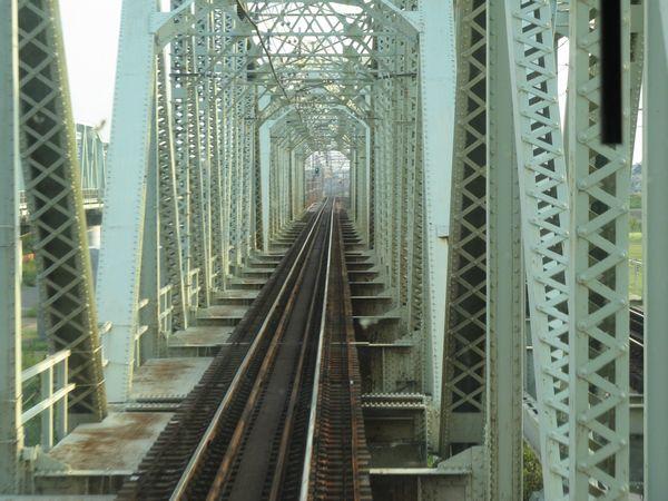 トラス橋部分(低水敷部分)